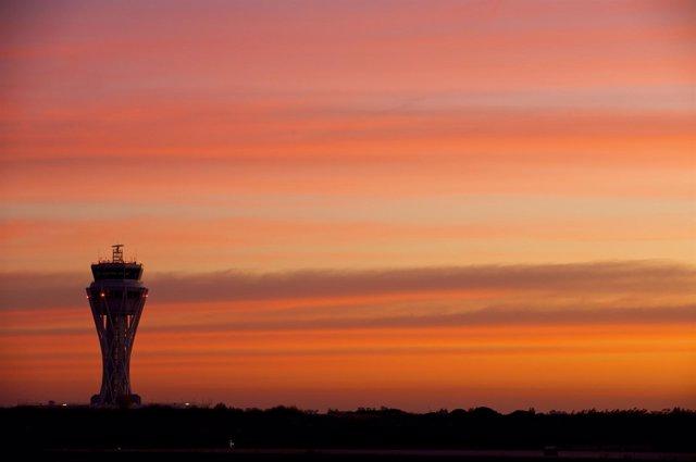 Torre De Control Aeropuerto De El Prat