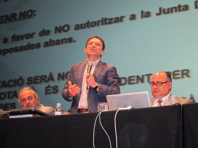 Castellano En Su Intervención En La Asamblea De Sociedades Musicales