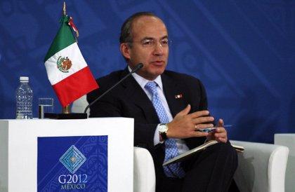 """Calderón rehúsa valorar sobre la postura de Fox y aclara que las elecciones en México aún """"no están decididas"""""""