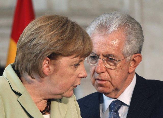Angela Merkel Y Mario Monti Hablando