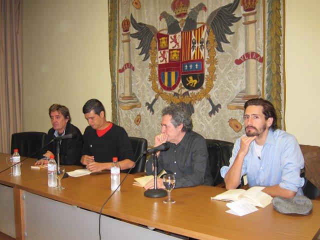 Acto Con Miguel Ríos, Luis García Montero Y Juan Diego Botto