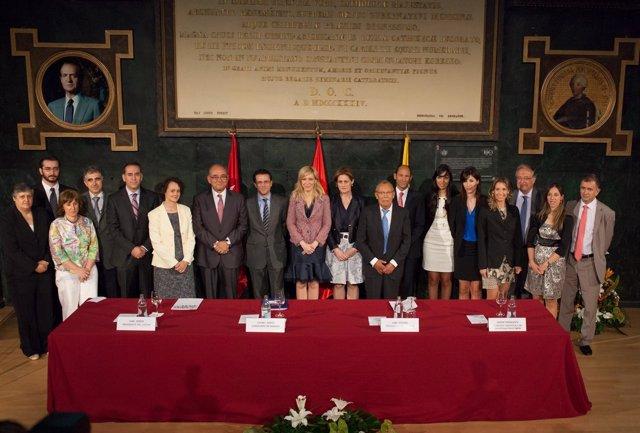 Imagen De La Nueva Presidenta Junto A Su Junta Directiva