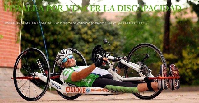 Imagen De Un Corredor De Handbike