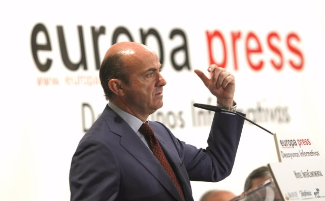 Luis De Guindos En Los Desayunos De Europa Press