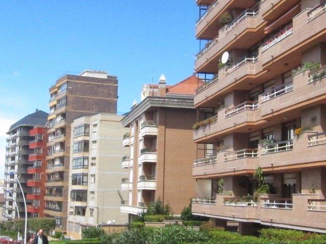 Vivienda, Pisos En Santander