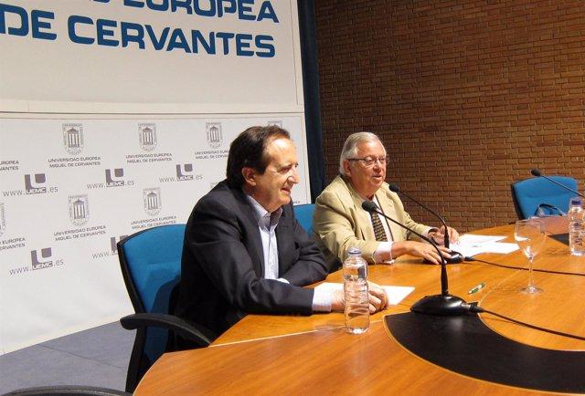 Lucas Durante Su Intervención En La UEMC.