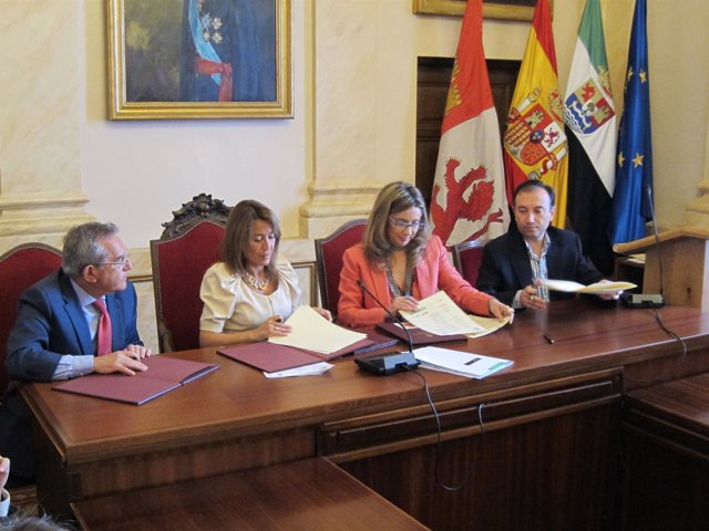 Firma Estrategia Cáceres 3C