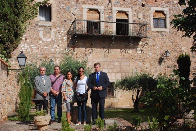 Delegación De Bolivia En Diputación De Cáceres