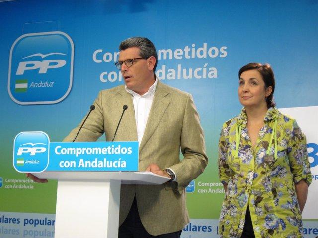 Ricardo Tarno y Ana María Corredera (PP-A), hoy en rueda de prensa