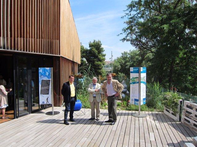Jerónimo Blasco y Juan Alberto Belloch, visitan la muestra.