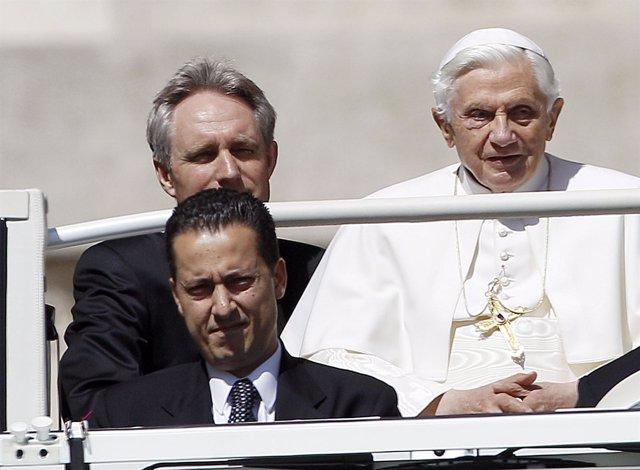 El Exmayordomo Del Papa, Paolo Gabriele