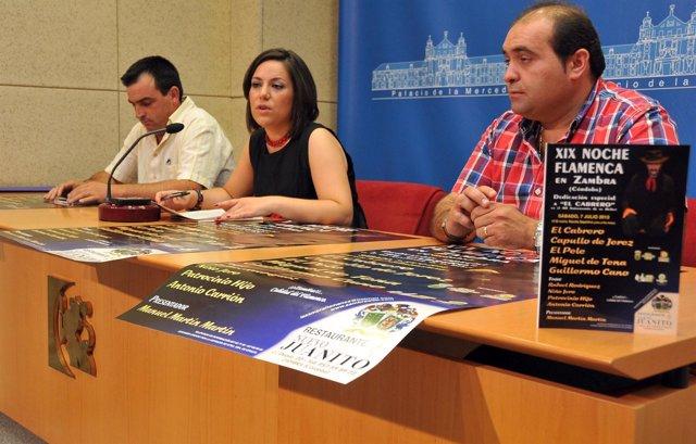 Rocío Soriano (Centro) Durante La Presentación