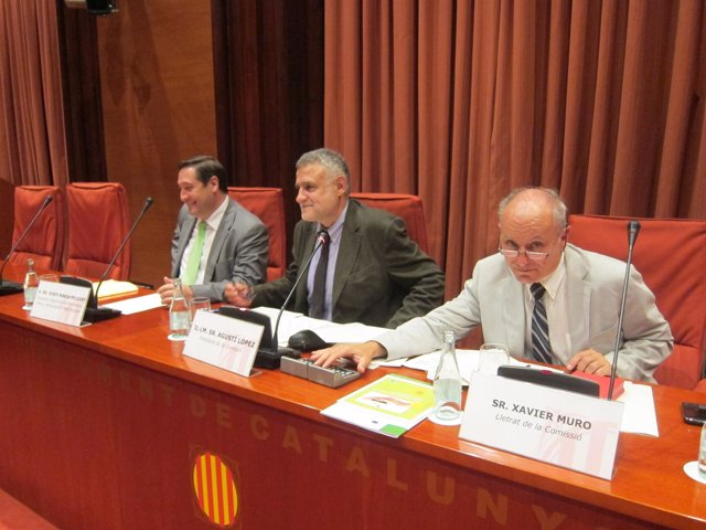 El Conseller J.M.Pelegrí En La Comisión De Agricultura Del Parlament