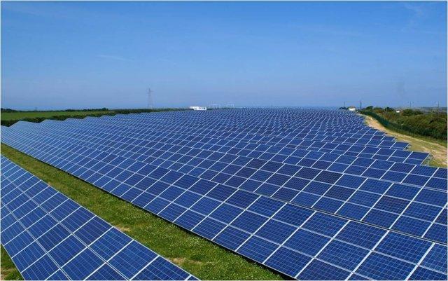 Planta Fotovoltaica Construida Por Isolux Corsán En Reino Unido