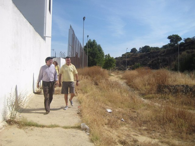 El portavoz del grupo municipal socialista en Huelva, Gabriel Cruz, en Conquero.