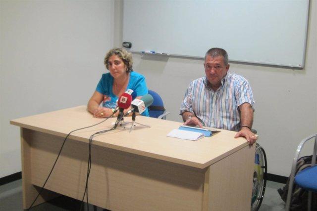 La afectada Ana Dorado y el presidente de Dia Francisco Canes