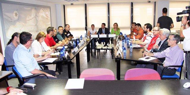 Castellano Con Representantes De Los Grupos Parlamentarios Y Técnicos