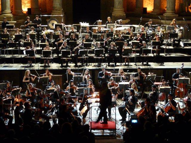 Orquesta De Extremadura