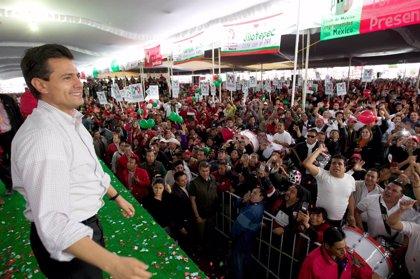 México.- El recuento total de votos da Peña Nieto la victoria con el 38%, mientras que López Obrador obtiene el 31%
