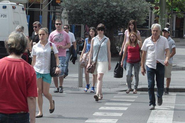 Gente, Consumidores, Aglomeración