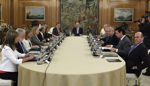 El Rey preside en Zarzuela el Consejo de Ministros Deliberante