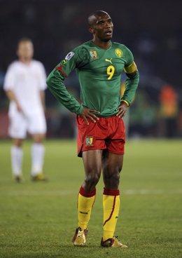Samuel Eto'o con la selección de Camerún