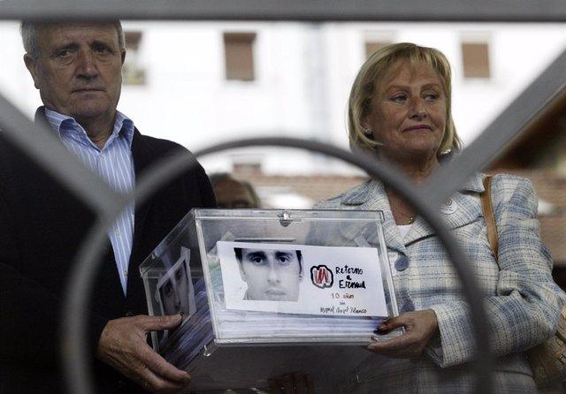 Padres de Miguel Ángel Blanco en un aniversario tras su asesinato