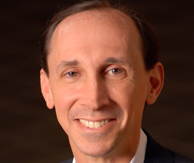 Dana Dunne, Nuevo Presidente Y Director General De Operaciones