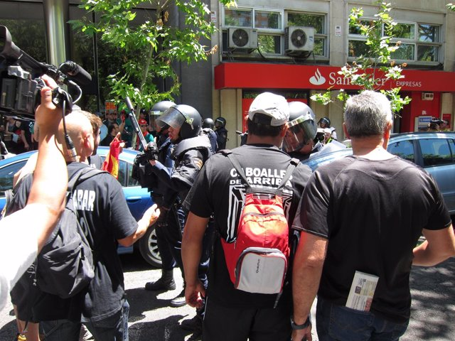 Altercados en la manifestación con los mineros