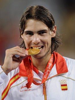 Nadal gana la medalla de oro