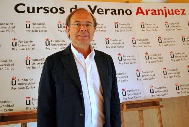 Presidente Del Senado En Los Cursos De Verano De Aranjuez