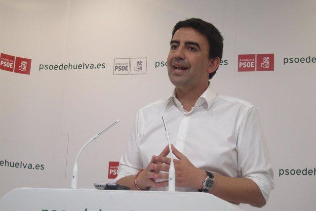 El vicesecretario general del PSOE-A, Mario Jiménez, en Huelva.