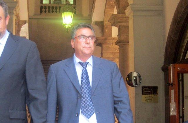 El Empresario Enrique Ortiz A Su Salida Del TSJCV