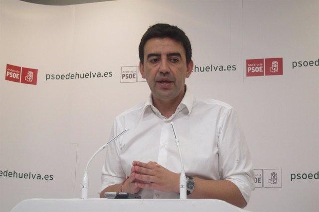 El vicesecretario del PSOE andaluz, Mario Jiménez, en Huelva.