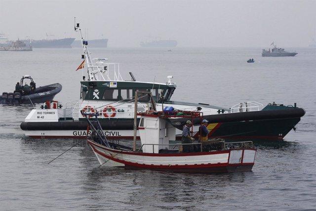 Barcos Españoles Faenan En Gibraltar