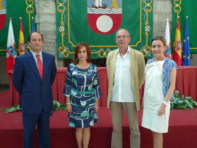 De izquierda a derecha, Piñeiro, Álvarez, Arce y Díaz, en el Parlamento
