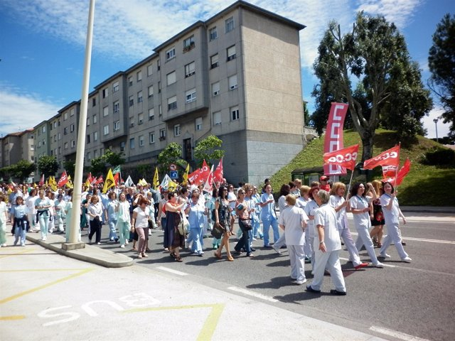La concentración desembocó en una manifestación espontánea