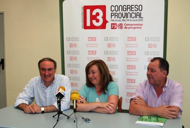 Pérez, entre Ruiz Almenara y Serrano