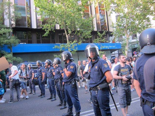 Fuerte presencia policial en Génova