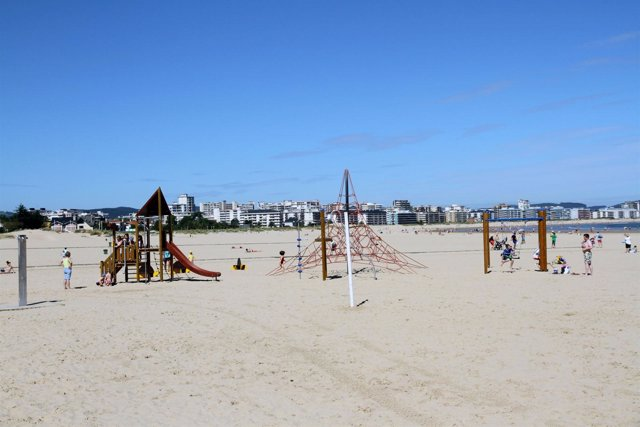 Zona de juego en la playa