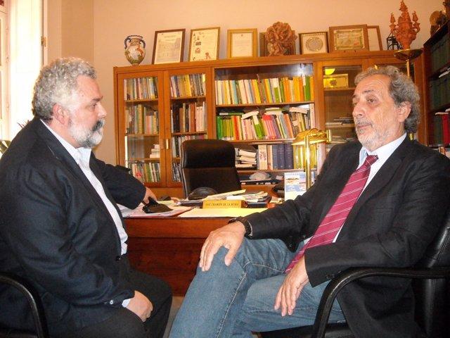 José Chamizo con el fiscal superior del TSJA, Jesús García Calderón