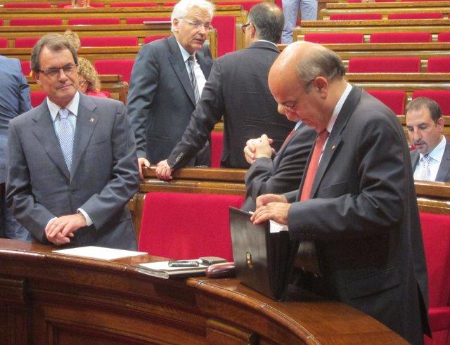 A.Mas Y B.Ruiz, En El Parlament