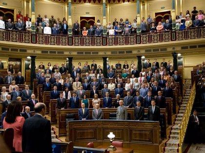 La aecc otorga su Galardón 'V de Vida' 2012 al Congreso de los Diputados por la Ley antitabaco