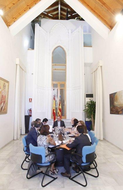 El Gobierno valenciano pide adherirse al mecanismo de liquidez autonómica para afrontar vencimientos y pagar a farmacias