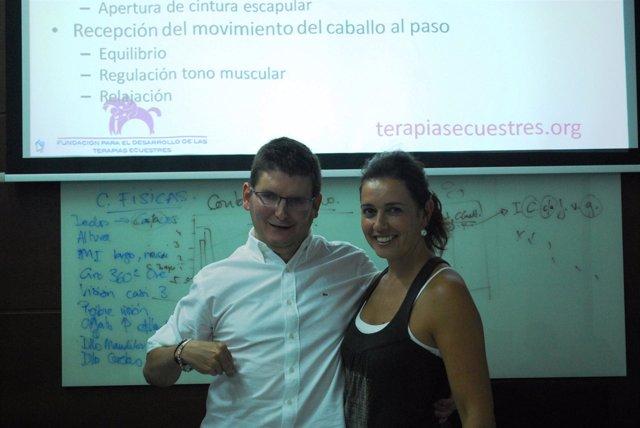 Participantes en el curso sobre terapias ecuestres de la UPO