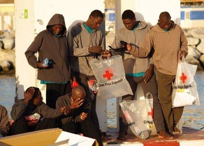 GESIDA avisa que retirar la tarjeta sanitaria a los sin papeles tendrá efectos muy indeseables sobre el control del VIH