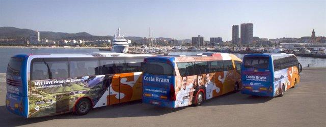 Autocares Sarfa con imágenes promocionales del Pirineo catalán