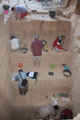 Excavación de la Cueva Negra