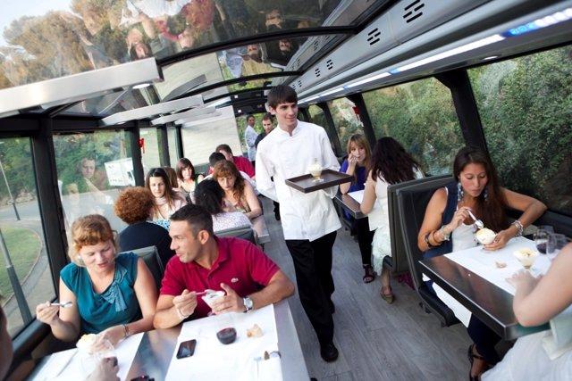 Interior del Gourmet Bus