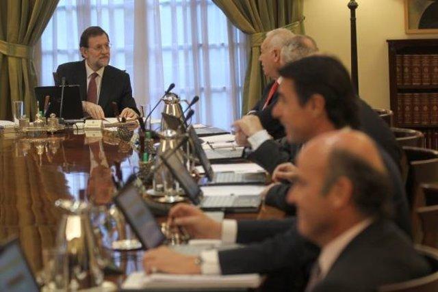 El Presidente Mariano Rajoy En El Primer Consejo De Ministros